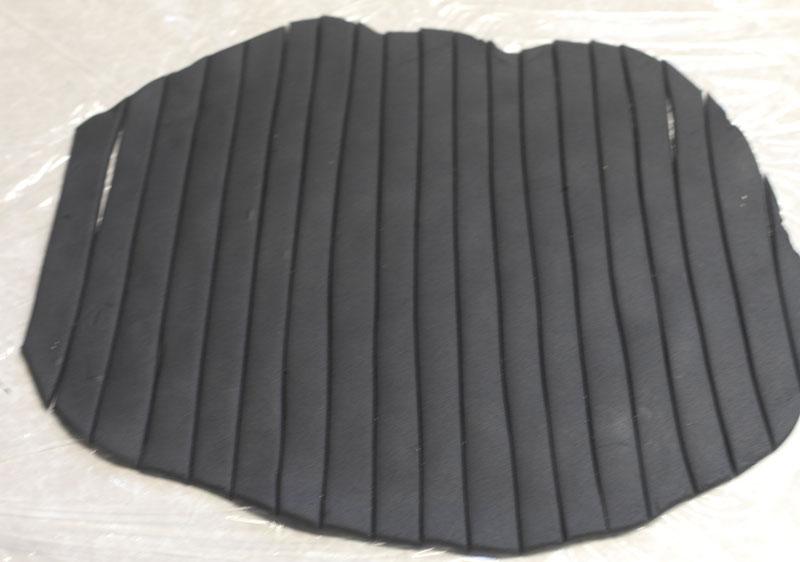black-fondant