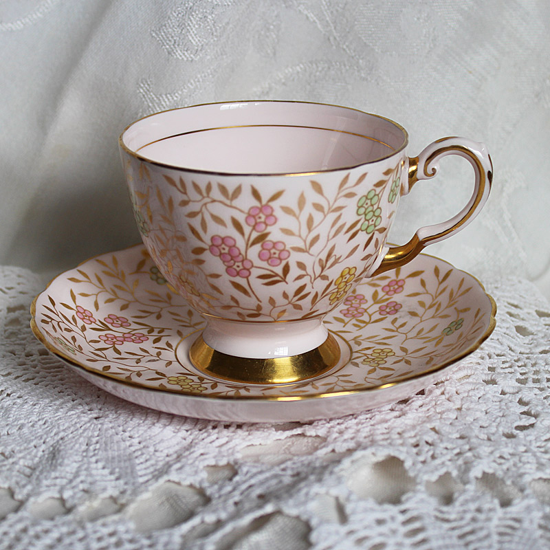 Tuscan fine English Bone China Teacup and Saucer