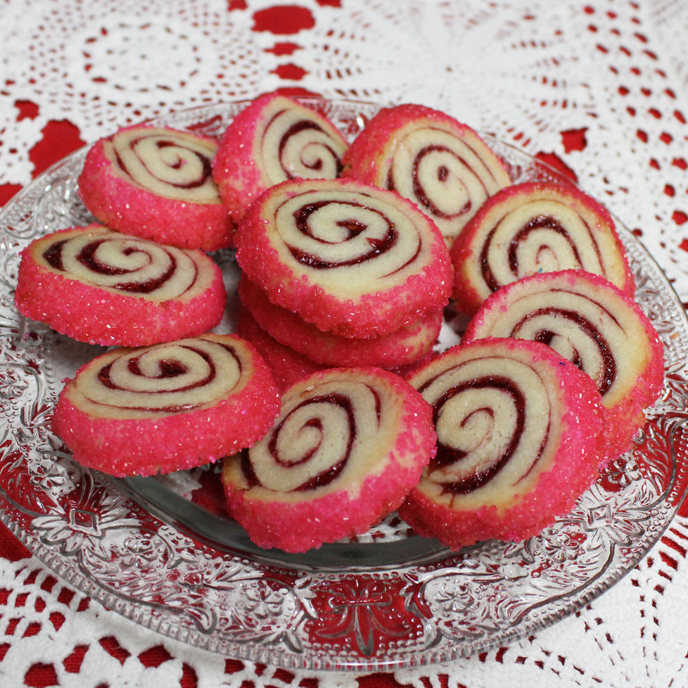 Pinwheels filled with jam