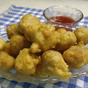 chicken pieces dipped in batter and deep fried