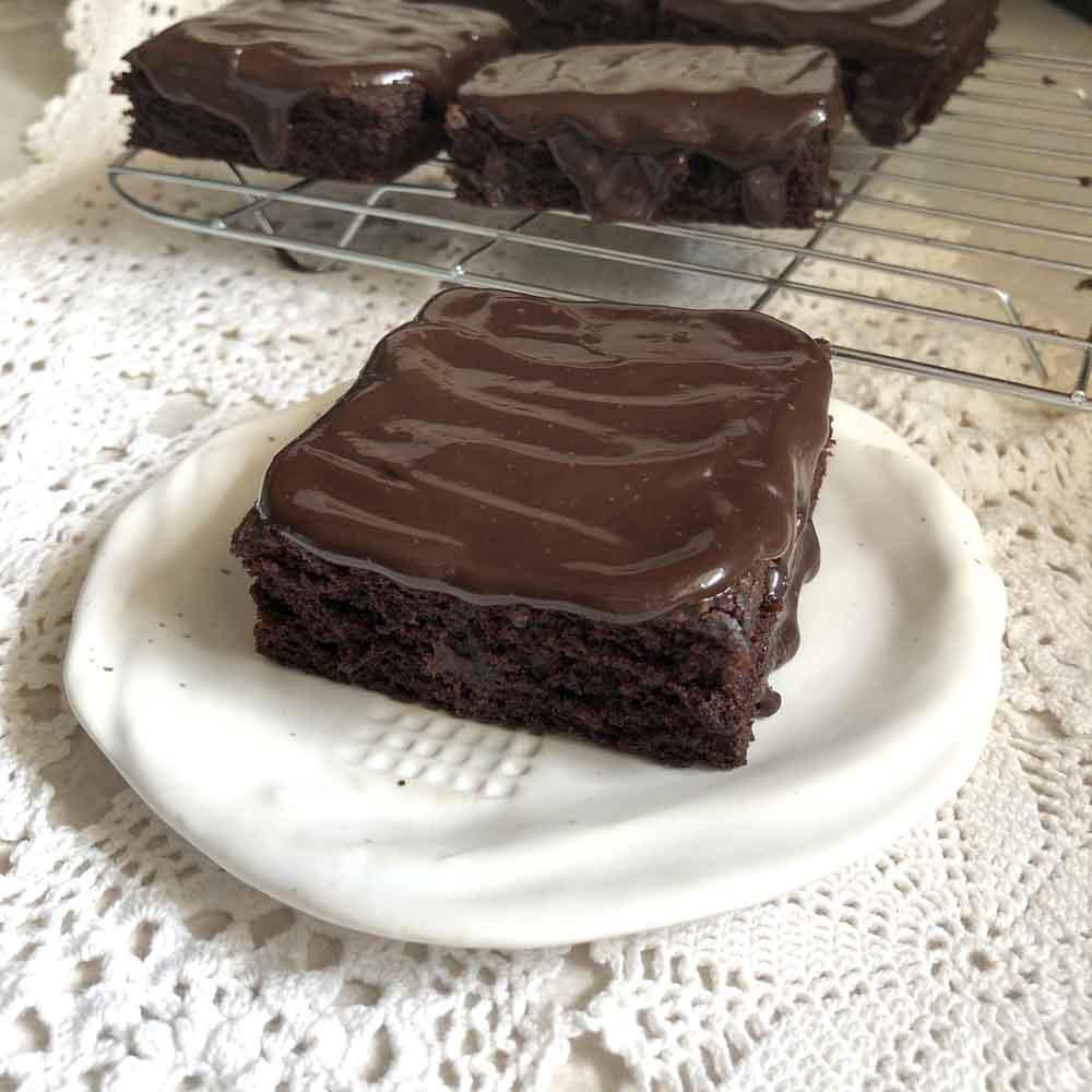 chocolate vinegar cake